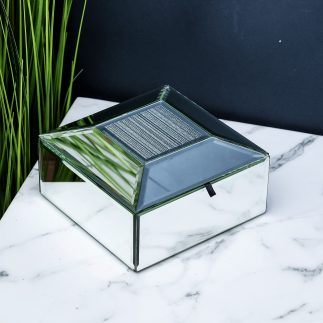 קופסת תכשיטים עשויה מראות –  SLAYDEN