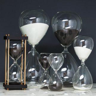 שעון חול – HOURGLASS