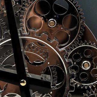 שעון קיר -INSIDE-OUT