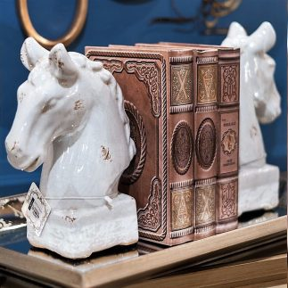 פסלון ראש סוס- לבן