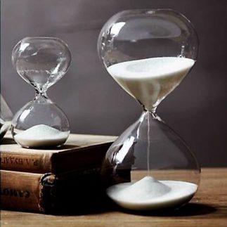 שעון חול – לבן