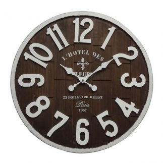 שעון עץ – BUNGALOW