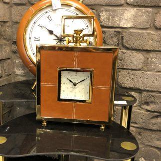 שעון שולחני  – BOOM