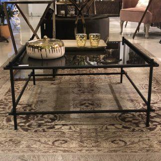שולחן מתכת לסלון – שחור
