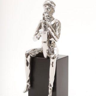 פסל חסיד מנגן-  4 סגנונות –  2 צבעים