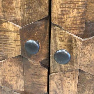 שידת עץ 2 דלתות – TEXTURE