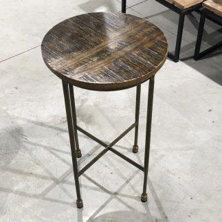 שולחן צד – WALNUT