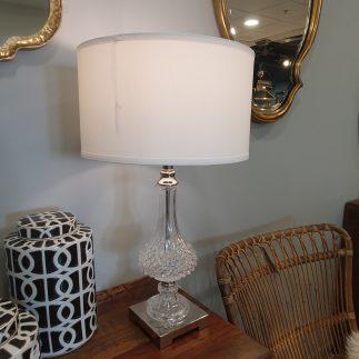 מנורה שולחנית – SHADE