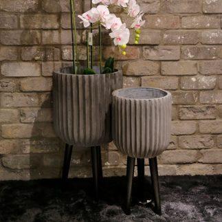 זוג בתי עציץ בטון – BETONADA אפור בהיר/טפור כהה/קרם