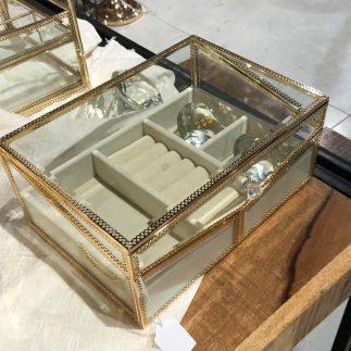 קופסת תכשיטים – JASMIN
