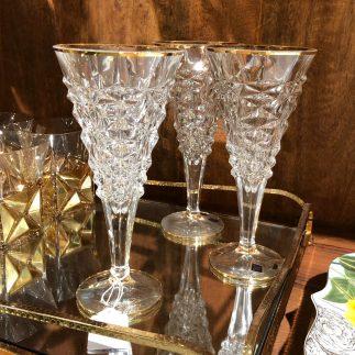 שישיית כוסות יין – BELVEDERE