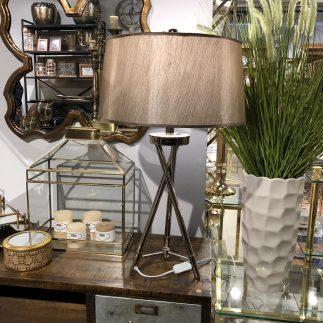 מנורה שולחנית – STICKS