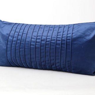 כרית נוי מלבנית – VELVET כחול רויאל