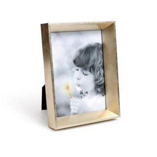 מסגרת לתמונה – 3D זהב