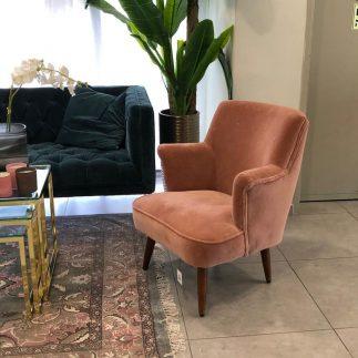 כורסא – AMORE ורוד