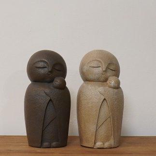 זוג פסלונים אמא וילד – MAMA