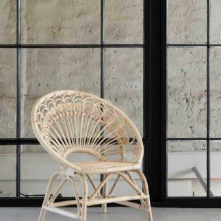 כורסא – HAKUNA