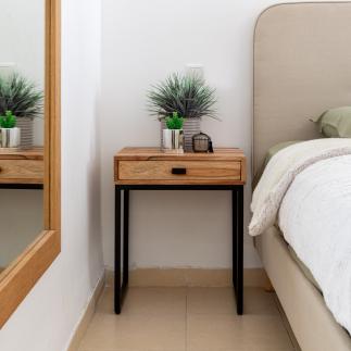 שידה מעץ לחדר שינה – ICON