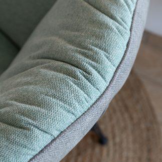 כורסא מעוצבת בצבע טורקיז – PUFFY