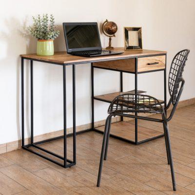 שולחן עבודה בעיצוב תעשייתי - SMART