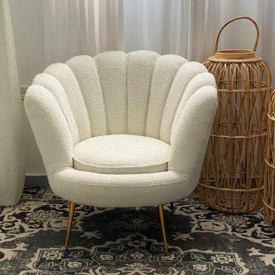 כורסא מבד צמרי לבן - HUSKY